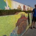 Najdlhší mozaikový múr na svete (⇔ 3 850 m) – Hanoi, Vietnam