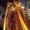 Maitreya, najvyššia socha z jedného kusu dreva (⇑ 26 m) – Lama Temple, Peking