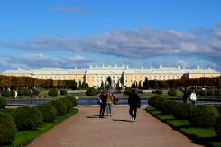 Nádvorie pred palácom Grand Peterhof