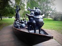 Fallen Monument Park - park zosadených sôch zo sovietskych čias