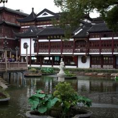 Yu Garden (kam sme prišli pozrieť záhradu ale bolo to mestečko:)