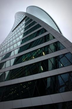 Zaujímavý mrakodrap v New Moscow City