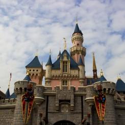 Jedna z dominánt miestneho Disneylandu. Cítili sme sa ako v rozprávke.