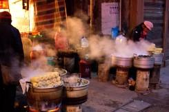 Atmosféra bočných uličiek v meste Zhangjiaje, Čína