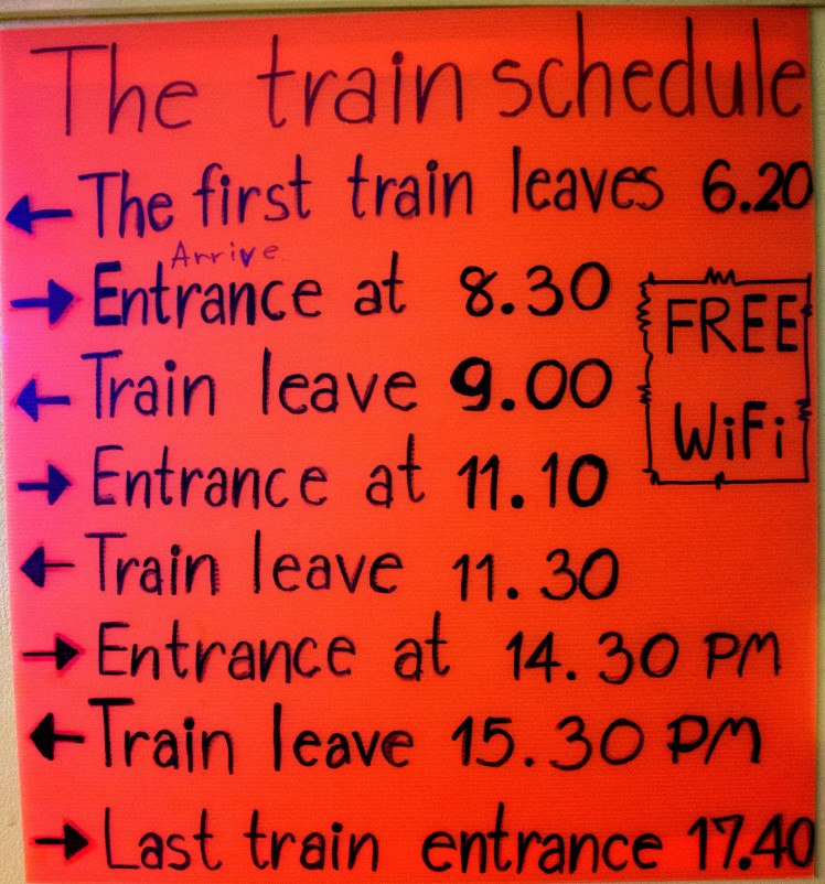 17_Train-schedule-Maeklong