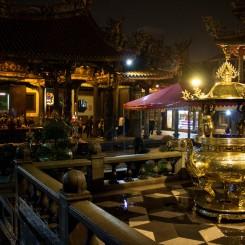 V jednom z budhistických chrámov