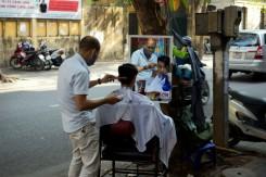 Štýlový barber na ulici