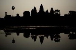 02_Angkor-Wat-odraz-vo-vode