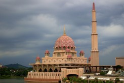 Klasická mešita v meste Putrajaya