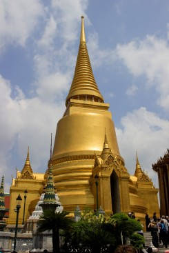 Jednou z dominánt Grand Palace