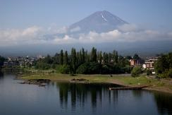 Ikonická Fuji - pohľad od jazera Kawaguchiko